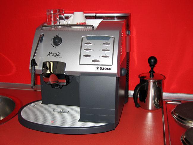 Kaffee-Vollautomat - Praktisch im Büro